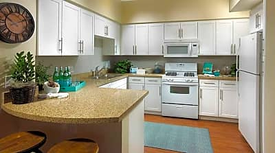 The Artisan Apartments - Oxnard, California 93036
