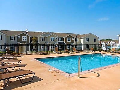 Springs at Bettendorf Apartments - Bettendorf, Iowa 52722