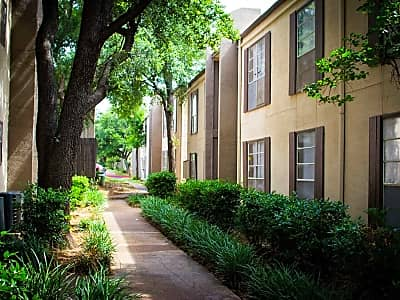 Salem Ridge Apartments - Denton, Texas 76205