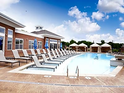 Solana Apartments At The Crossing - Indianapolis, Indiana 46240