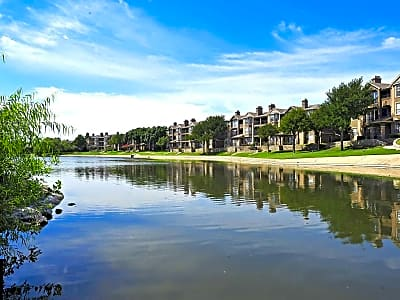 The Reserve on Willow Lake - Fort Worth, Texas 76109