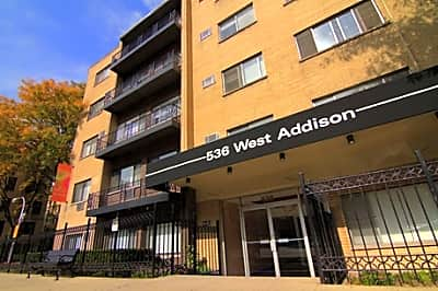 536 W. Addison - Chicago, Illinois 60657