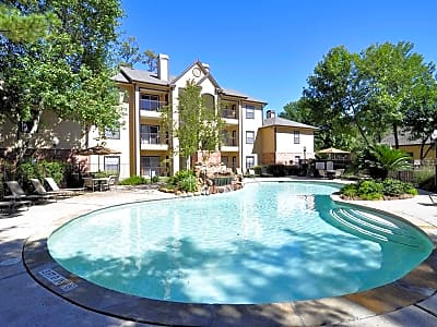 Eagle Crest Apartments - Humble, Texas 77346