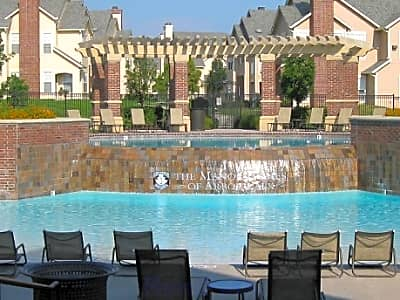 The Manor Homes of Arbor Walk - Lees Summit, Missouri 64082