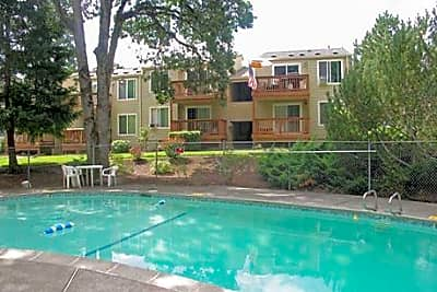 The Patrician Apartments - Aloha, Oregon 97007