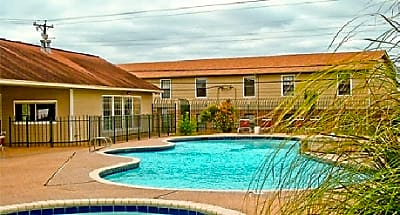 Eagle Crest Apartments - Waco, Texas 76705