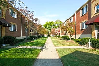 Allendorf Courtyard - Cincinnati, Ohio 45209