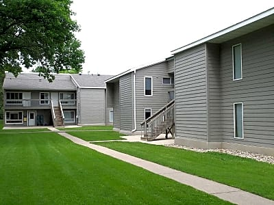 1 Bedroom Houses Apartments Condos for Rent in Willmar MN
