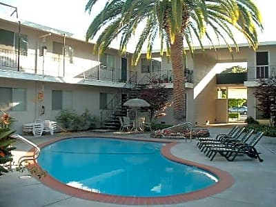 Palm court national avenue san jose ca apartments for rent for Cheap 2 bedroom apartments in san jose