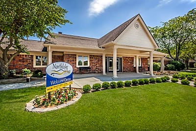 Northlake Village Apartments - Noblesville, Indiana 46060