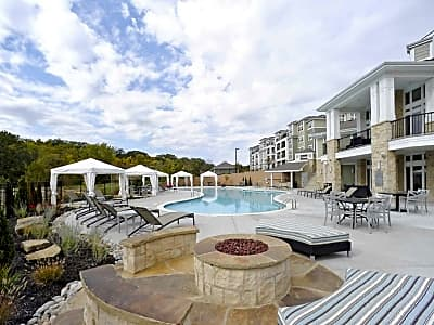 The Residences at Burlington Creek - Kansas City, Missouri 64151