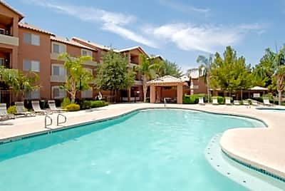 Sterling Point Apartments - Phoenix, Arizona 85042