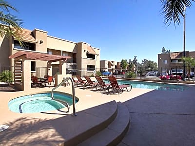 Arroyo vista apartment homes w colter glendale az apartments for rent for Cheap 1 bedroom apartments in glendale az