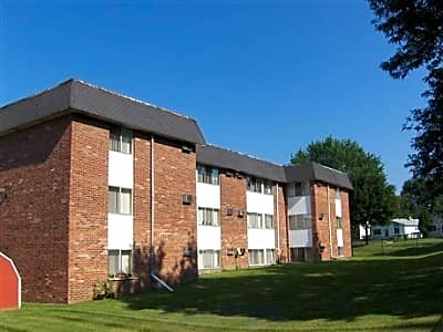 Garden Court Apartments West Kennett Pontiac Mi Apartments For Rent