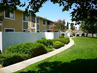 Cerro Vista Apartments - Riverside, California 92503