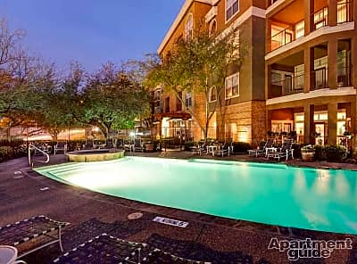 AMLI Upper West Side - Fort Worth, Texas 76102