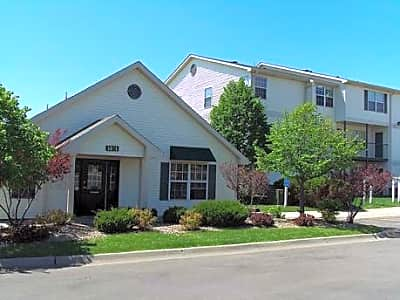 Bridgeport Apartments - Lincoln, Nebraska 68521