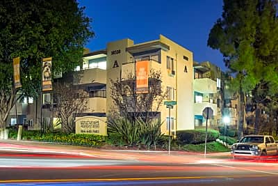 Mira monte apartment homes maya linda rd san diego ca - Cheap one bedroom apartments in san diego ...