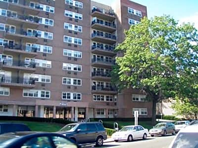 Riverview Towers - Fort Lee, New Jersey 07024