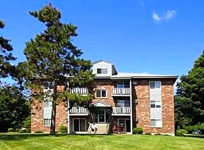 The Pines Apartments - Keene, New Hampshire