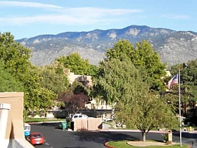 Tierra Antigua Apartment Homes - Albuquerque, New Mexico 87111