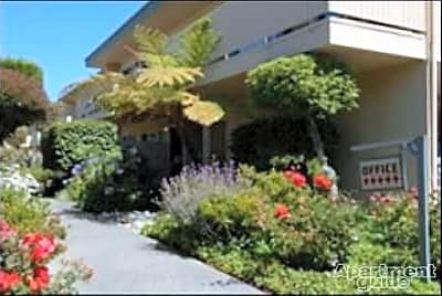 Bedford Plaza Apartments - Hayward, California 94541