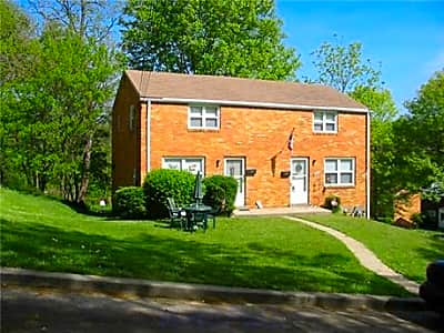 Brentwood Townhomes - Pittsburgh, Pennsylvania 15227