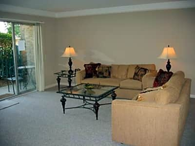 Tree Top Meadows Apartments - Novi, Michigan 48375