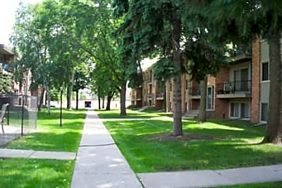 Garden Grove Apartments - New Brighton, Minnesota 55112