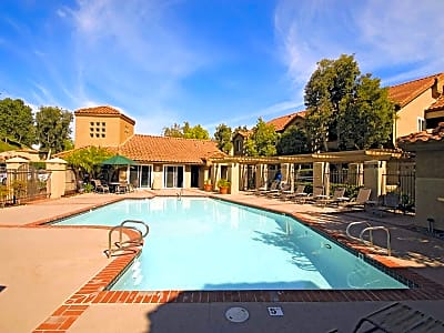 Bella Vista Apartments - Mission Viejo, California 92691