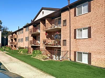 Hewitt Gardens Apartments - Silver Spring, Maryland 20906