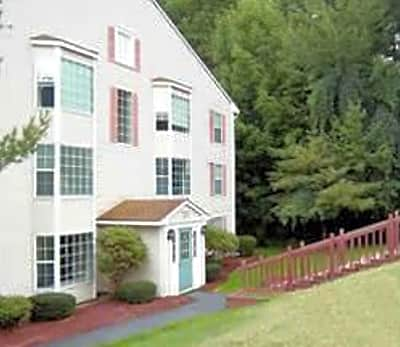 Hillside View Apartments - Concord, New Hampshire 03301