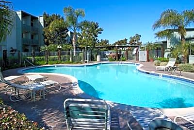 Cedar Shores Apartments - San Diego, California 92109
