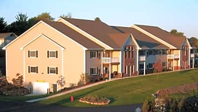 Wildwood Apartments - East Troy, Wisconsin