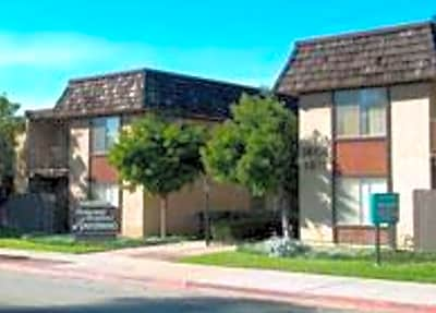 Parkwood Gardens Apartments - Oxnard, California 93030