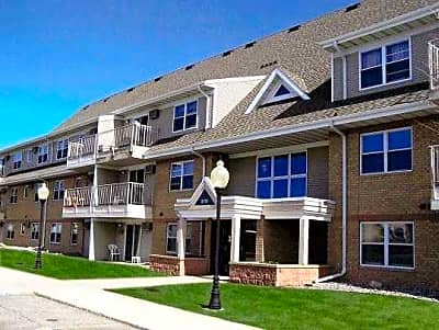 Trollwood Village Apartments - Fargo, North Dakota 58102