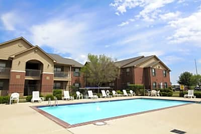Crown Ridge of Edmond - Edmond, Oklahoma 73003