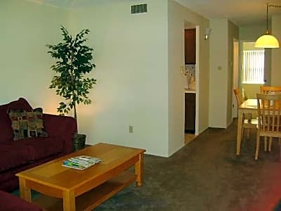 Cabana Club Apartments - Saint Ann, Missouri 63074
