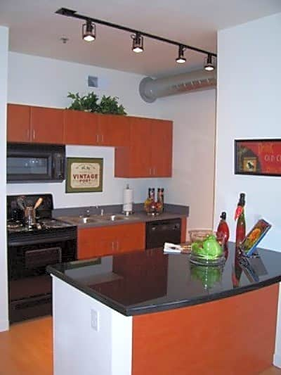 Lincolnpointe Lofts Pyramid Court Englewood Co Apartments For Rent