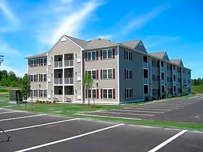 Stella Arms Apartments - Manchester, New Hampshire 03104