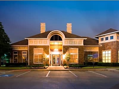 Belmont At Duck Creek Apartments - Garland, Texas 75043