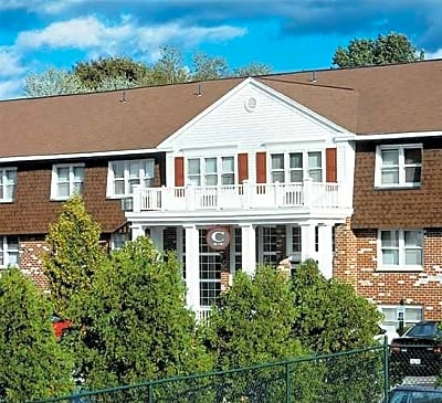 Hampshire Apartments - Schenectady, New York 12309