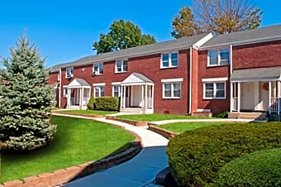 The New Warner Village Apartments - Hamilton, New Jersey 08609