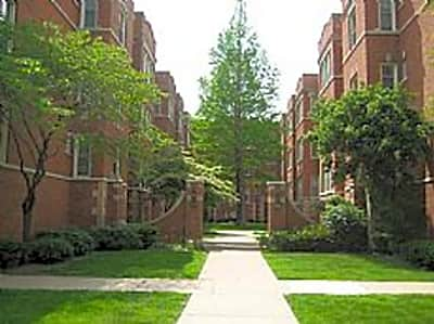 101-111 S. Harvey - Oak Park, Illinois 60302