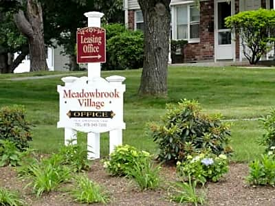 Townhomes at Meadowbrook Village - Fitchburg, Massachusetts 01420
