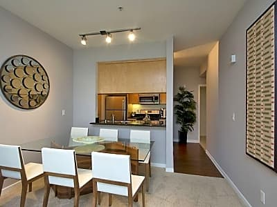 Portofino 5th street santa monica ca apartments for - One bedroom apartments in santa monica ...