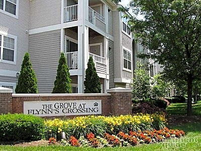 The grove at flynn 39 s crossing blossom hill terrace for 21892 blossom hill terrace ashburn va 20147