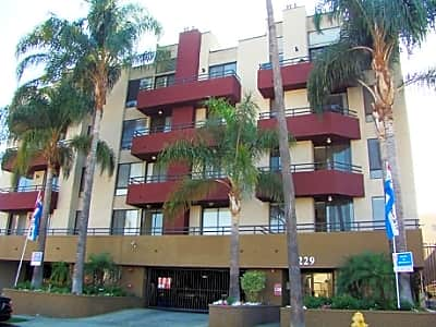 Mansfield Apartments - Los Angeles, California 90028