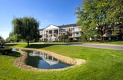 Versailles On the Lakes - Oakbrook Terrace, Illinois 60181