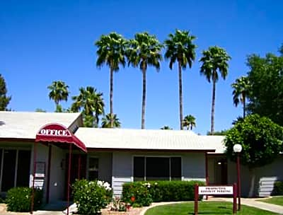 Boston Square Apartments - Chandler, Arizona 85224